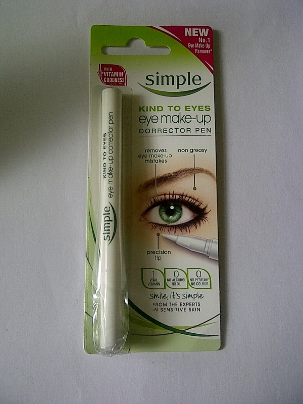Simple eyemakeup corrector