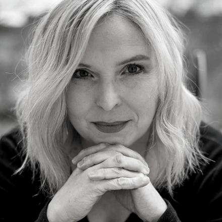 Rebecca Cooney b/w