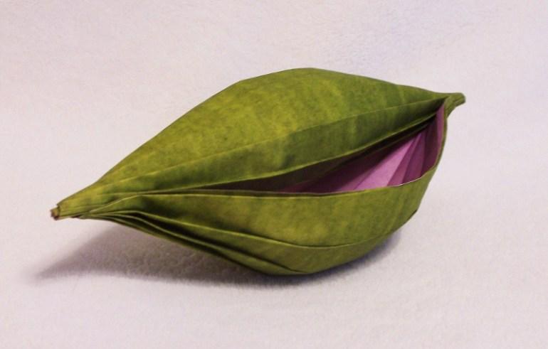 Seed pod bowl