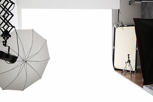 Studio-white-seamless