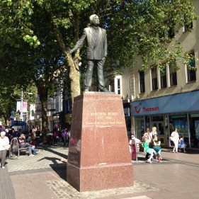'Aneurin Bevan, Queen Street (Robert Thomas, 1987)