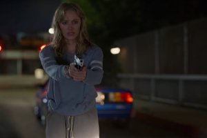 Maika Monroe as Clare in The Stranger.