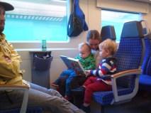 Im Zug zurück nach Hause / On the train back home