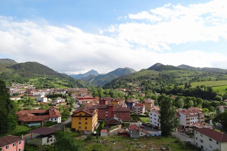 2014 05 20 View of Cangas de Onis from the room at La Cepeda