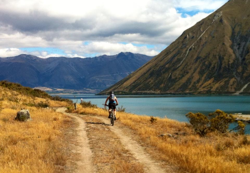Alps to Ocean cycle trail - Lake Ohau