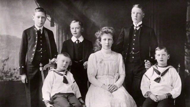 Princejohnandfamily.jpg
