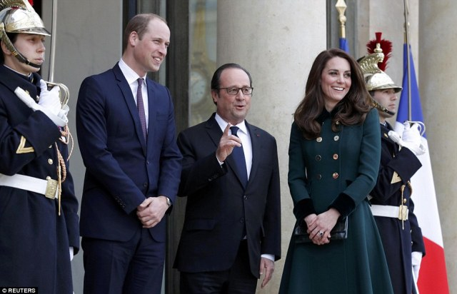 3E5EC23100000578-4324570-William_and_the_French_president_will_be_holding_talks_in_what_i-a-3_1489777646173.jpg