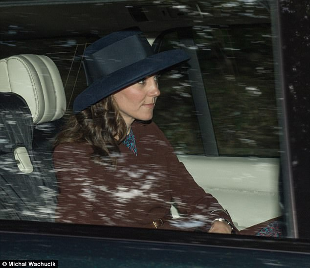 4367E26200000578-4806864-The_Duchess_of_Cambridge_joined_Prince_William_for_the_short_jou-a-52_1503233544810