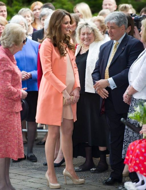 1076bb296ce0126c9cfaf01c9e30691f--second-wedding-anniversary-duchess-kate.jpg