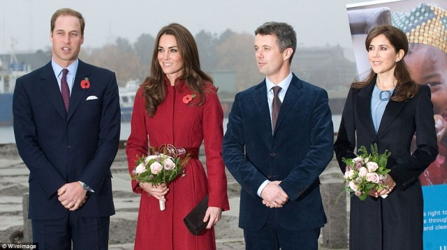 2528F2F600000578-2931259-Tour_Kate_was_given_a_tour_by_Crown_Princess_Mary_far_right_duri-a-141_1422544861755.jpg