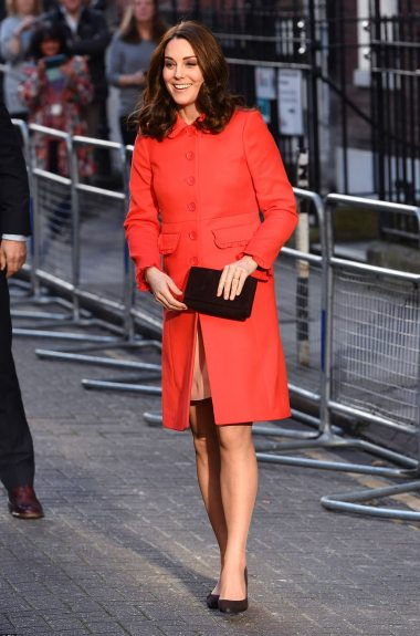 48397DE300000578-5278733-The_Duchess_of_Cambridge_arrives_to_officially_open_the_Mittal_C-a-13_1516228773977