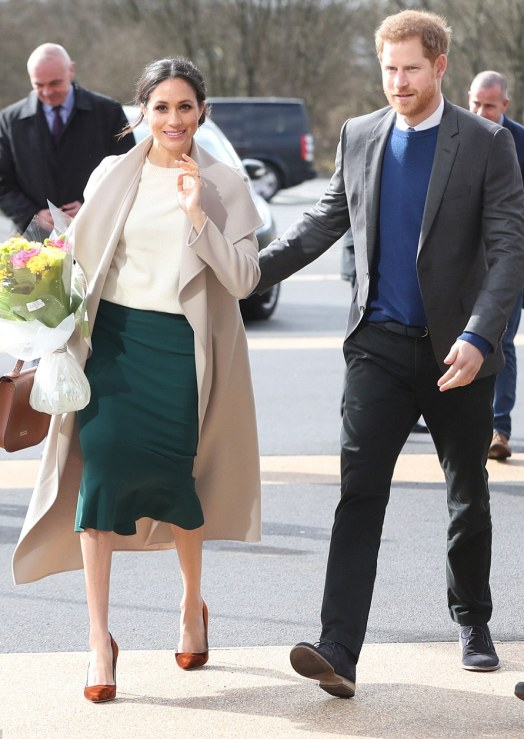 4A788A4D00000578-5535801-Prince_Harry_and_Meghan_Markle_have_touched_down_in_Northern_Ire-m-87_1521804974947