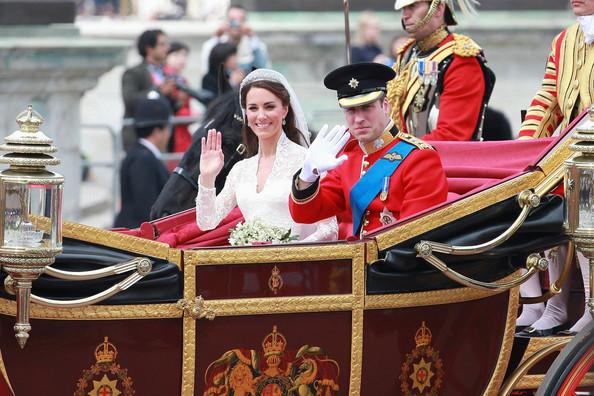 newly+married+Duke+Duchess+Cambridge+leave+SsAi_sNcQw3l