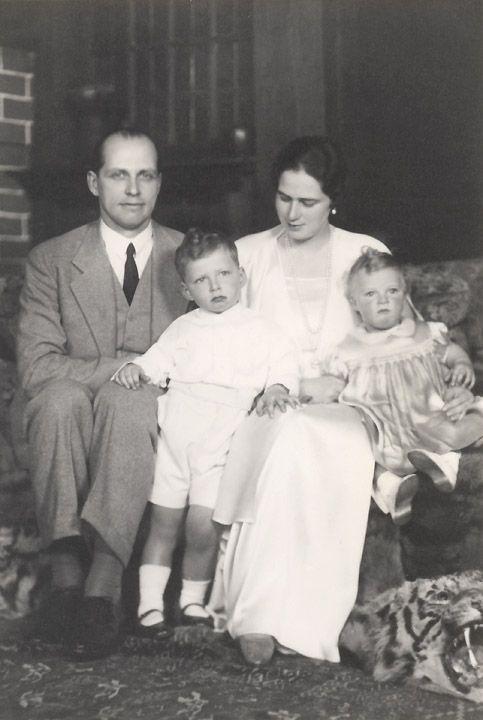 Ileana with children