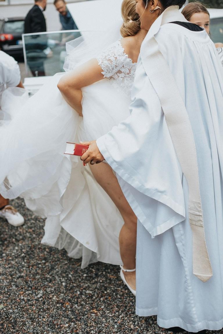 bröllopsfotograf dalarna, bröllop 2021, jordnära bröllopsfotograf