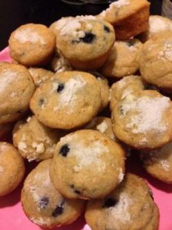 Mini Blueberry Muffins with Streusal topping