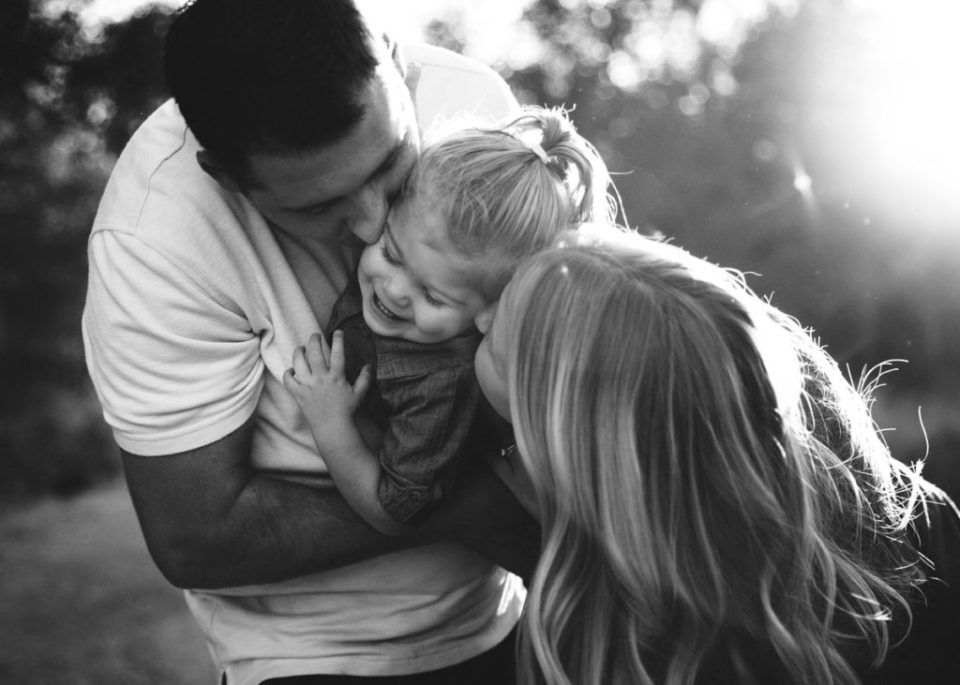 black-and-white authentic family photography