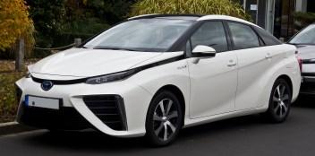 Toyota_Mirai_–_Frontansicht,_11._November_2018,_Düsseldorf