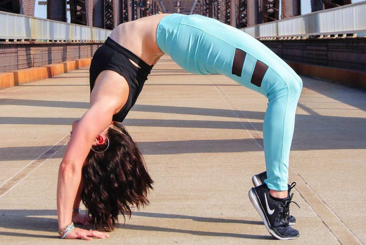 Booty Building Workout: 7 Best Glute Exercises for Home or Gym Workouts