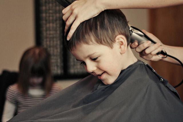 Haircut - © photo Beth - CC BY 2.0