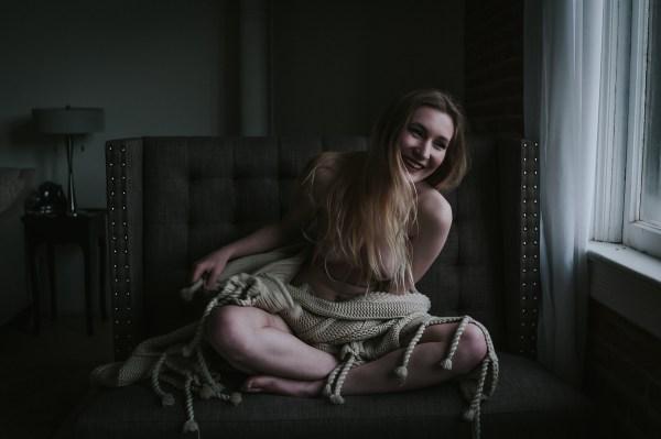 rebellouise_dez-boudoir-facebook-7