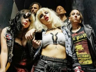 Barb Wire Dolls - band profile