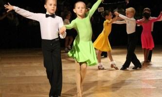 Бальные танцы для детей: плюсы