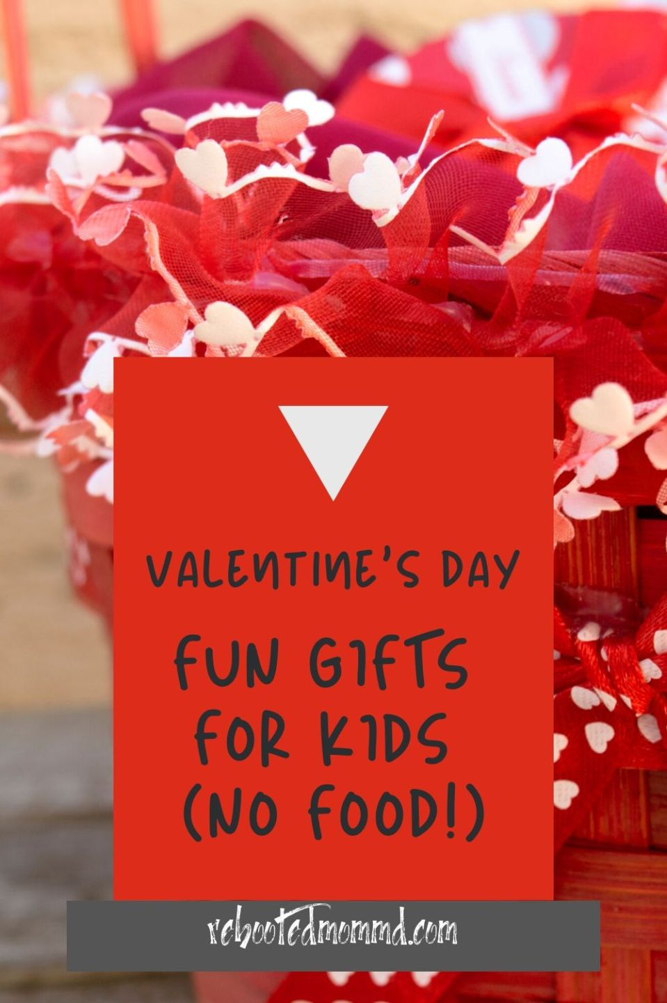 Fun No-Treat Valentine\'s Gifts For the Kids
