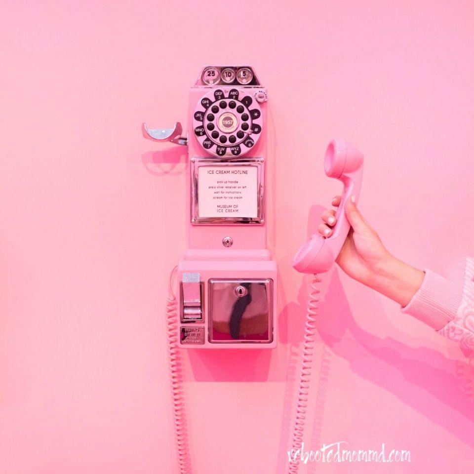 pink phone communiation