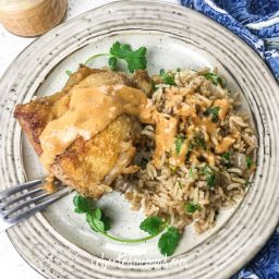 chicken with rice and spicy peanut sauce