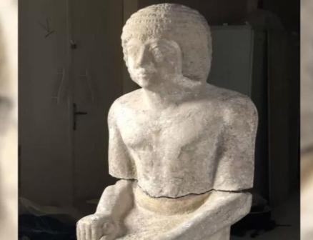 Resultado de imagen para tumba guardían delos secretos