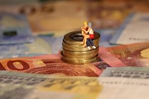 Como conciliar amor e dinheiro na sua relação amorosa em destaque