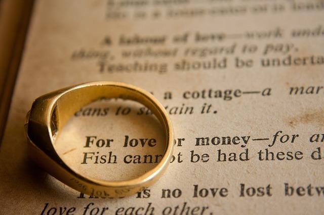 Como encarar o valor do dinheiro no amor
