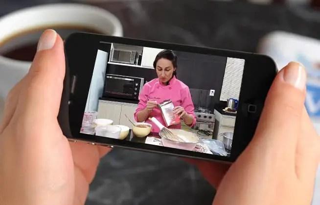 Curso de Bolos Caseiros - Assistir no celular