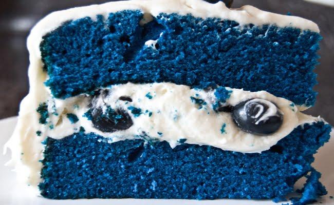 Receita de Bolo de Veludo Azul (Blue Velvet Cake)