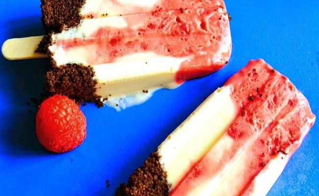 Receita de Picolé de iogurte framboesas e oreo