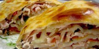 Receita de Rocambole de presunto e queijo com massa de pastel