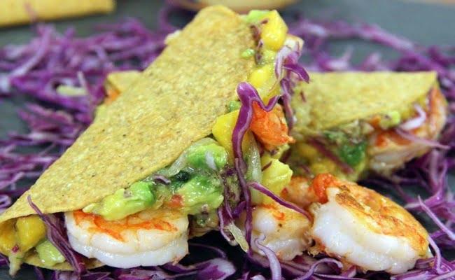 Receita de Tacos de Camarão e Abacate