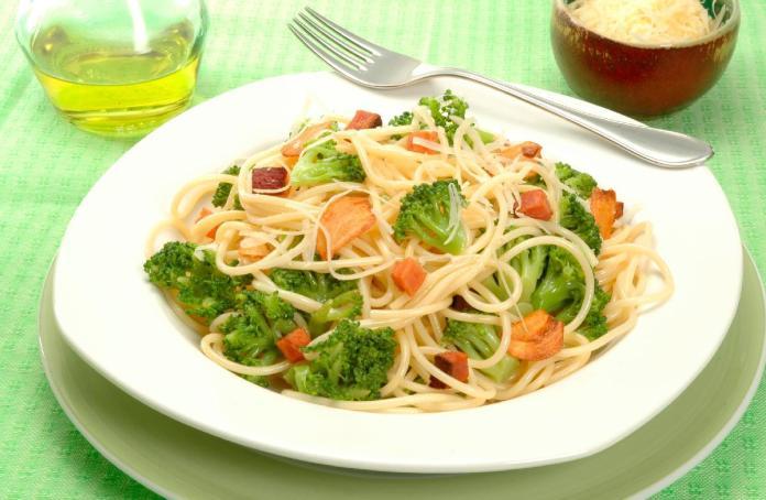 Molho de brócolis com alho