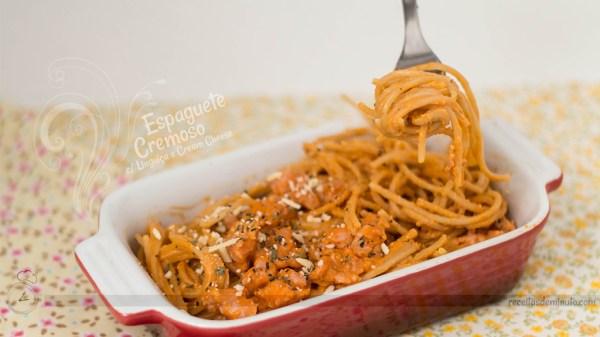 espaguete_cremoso_com_linguica_e_cream_cheese