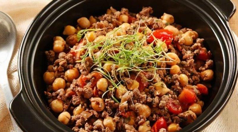 Cozido de Grão de Bico com Carne