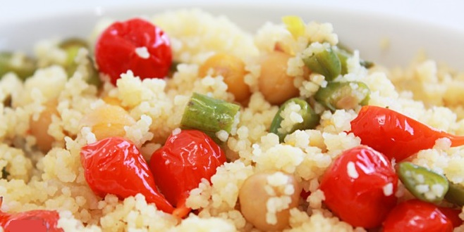 salada natalina de cuscuz
