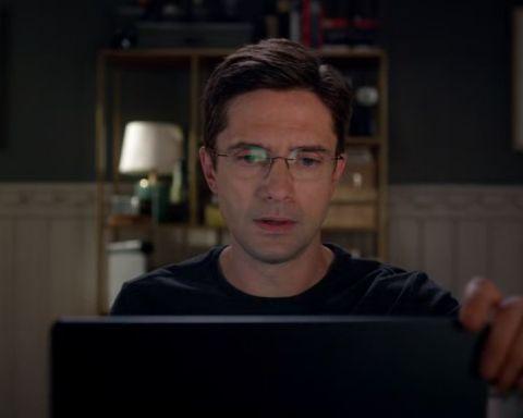 Home-Economics-1x01