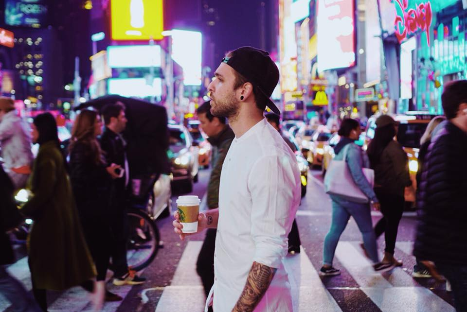 In arrivo il nuovo singolo di Alessio Bernabei dopo il viaggio a New York