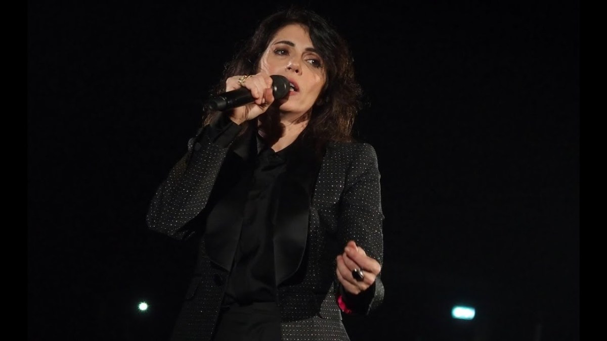 "Giorgia aggiunge Zucchero, Carmen Consoli e gli Eurythmics al suo ""Pop Heart"""