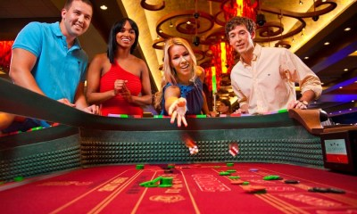 Whats the difference between online and live casino?