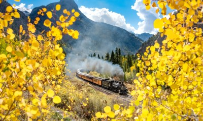 """It's the last weekend for prime leaf-peeping, and it's """"resplendent"""" in SW Colorado"""