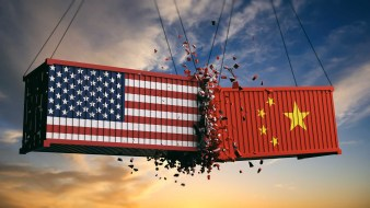 https://i0.wp.com/recentr.com/wp-content/uploads/2020/05/shutterstock_1131501650-china-trade-war.jpg?resize=338%2C190