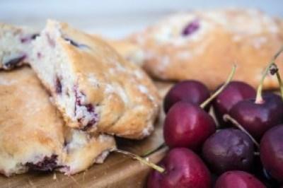 BITK Recept - Aardbei Kersen Scones