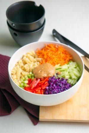 Aziatische Pasta Salade Recept | Buzz in the Kitchen